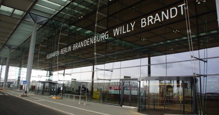 """Résultat de recherche d'images pour """"aéroport berlin willy brandt"""""""