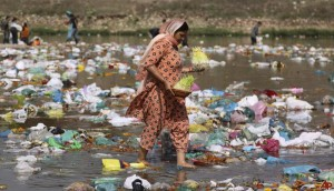 india-river-pollution-2010-3-25-3-34-14