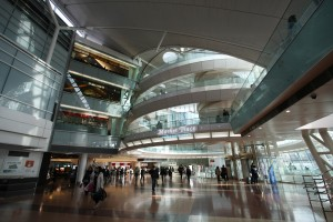 Haneda_Airport_Terminal2_MarketPlace