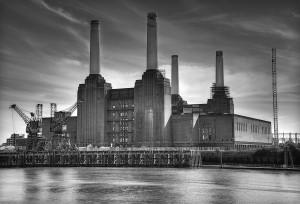 Battersea_Power_Station_London_7962288232