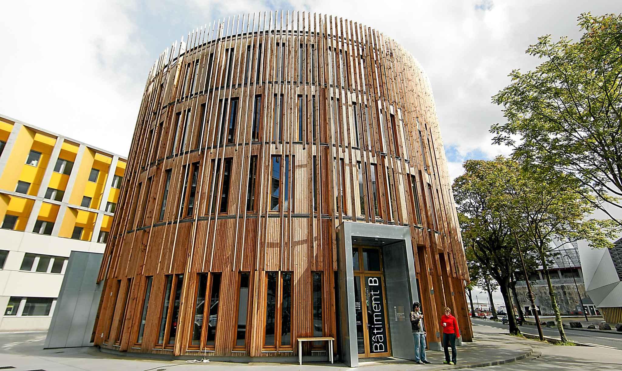 Redonner au bois sa splendeur for Architecture en bois