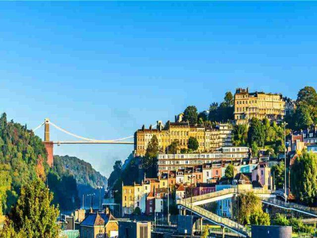 Les élus de Bristol s'entendent pour viser la neutralité carbone avant 2030
