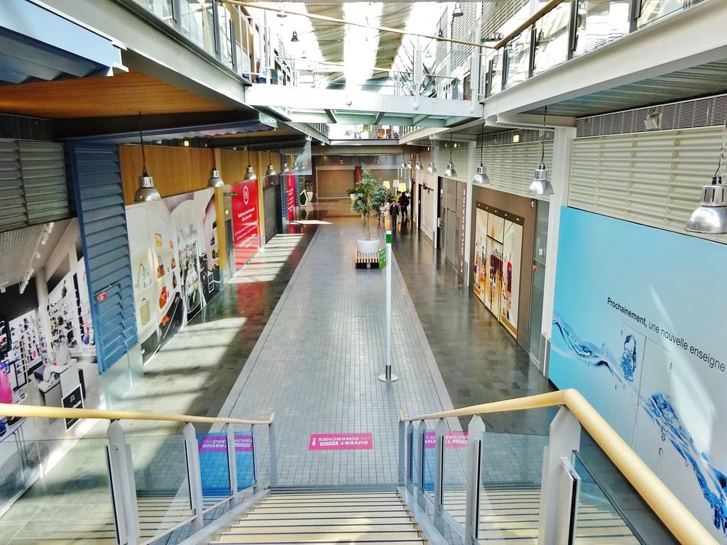 Centres Commercial Vide Urban Attitude 2